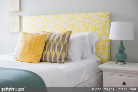 Déco chambre : comment mettre en valeur ses oreillers ?