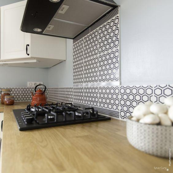 crédence de cuisine en carrelage carreaux de ciment