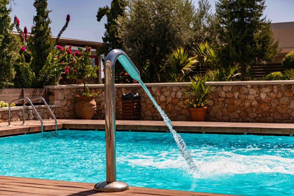 Buse en hauteur pour piscine